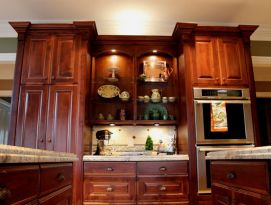 Alder wood cabinets with open shelves and great lighting