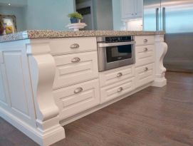 White island with large corbels